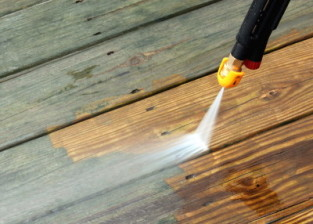 Waukesha Window Cleaning and Deck Cleaning